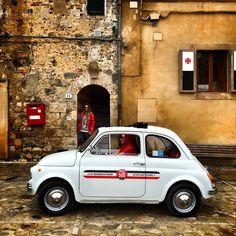 Starting #my500instatour #mytours with old Fiat 500 cars #aroundsiena emoji Thank you @instatouritalia @mytour_tuscanyexperts @aroundsiena @igerssiena @igerstoscana emoji emoji