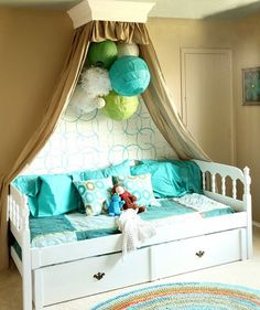 DIY Decorations for Girls Room - Bed Crown Cornice | Girls Bedroom Decor Ideas