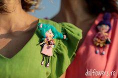 Colourfull brooch!