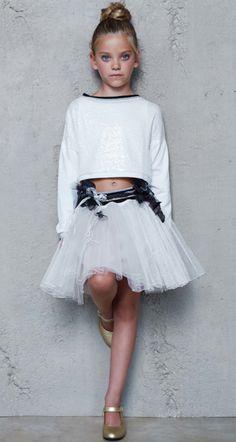Blog moda infantil y juvenil, moda premamá, productos para niños, últimas tendencias en ropa infantil, zapatos, accesorios niños y mamás.