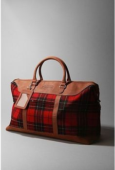pendleton...be still my heart!! Check out the trendy duffel bags