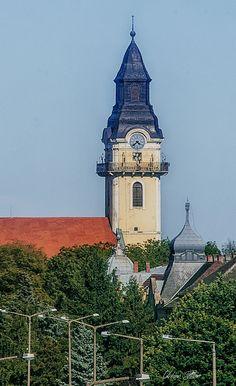 A református templom a katolikus templom tornyából fotózva