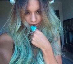 fotos de cabelos coloridos Archives | Coisas De Diva - Resenhas de cosméticos, maquiagem, truques de beleza e um toque de moda. Um blog de Curitiba!