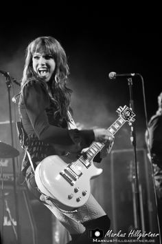 Lzzy Hale of Halestorm Bass, Female Guitarist, Female Singers, I Love Music, Music Is Life, House Music, Glam Rock, Musician Photography, Lzzy Hale
