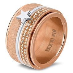 IXXXi Ring compleet zilver met rosé goud met zilverkleurige ster Jewelry Rings, Jewlery, Jewelry Watches, Contemporary Jewellery, Glamour, Rings For Men, Wedding Rings, Pearls, Lamb