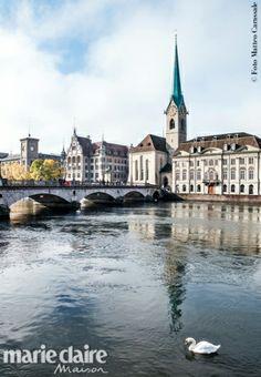 Zurigo revamping. La Fraumünster Kirche, con le celebri vetrate realizzate da Chagall.