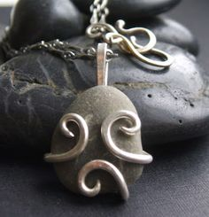 River Stone Necklace - Amy Moore designs
