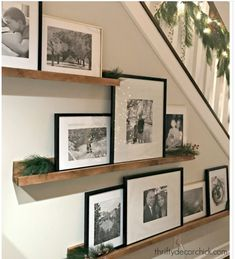 Picture Shelves, Picture On Wood, Gallery Wall Shelves, Stairway Gallery Wall, Nice Picture, Book Shelves, Gallery Walls, Picture Design, Frame Wall Decor