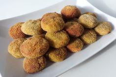Le polpette di merluzzo e zucchine sono un secondo piatto molto gustoso e dal sapore delicato. Ecco come prepararle