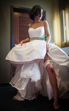 A NIGHT IN OZ • EMERALD GREEN • WEDDING PHOTO SHOOT