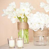 """<div class=""""home_post_content""""><div class=""""in_title"""">Centre de table d'inspiration rustique</div><p>   LA PALETTE DE COULEURS :lin + blanc    LE TYPE DE FLEURS :tulipes et hortensias    MON COUP DE♥ : Pour ajouter une touche rustique ...</p></div><div class=""""home_post_cat""""><a href=""""http://www.inspire-moi.fr/category/mariage-champetre/"""">décoration de mariage champêtre et rustique</a> / <a href=""""http://www.inspire-moi.fr/category/decoration-mariage/"""">Décoration de table</a> / <a…"""