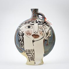 Since Alfajar has been making stoneware and other clay ceramics at high temperature, with the most refined craftsmanship. Cubist Sculpture, Cubist Art, Pottery Sculpture, Pottery Vase, Ceramic Pottery, Sculptures, Cubism, Pottery Painting Designs, Pottery Designs