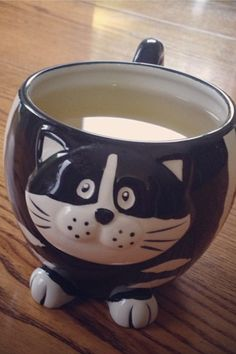 Cat mug. I have to make one for Christmas gift, so cute!