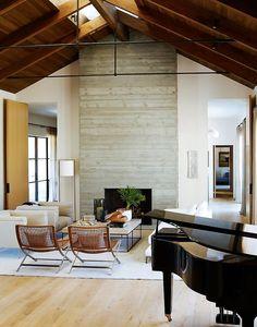 Courtyard house showcases an elegant, timeless aesthetic