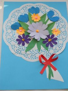grandparents day crafts for preschoolers Free idea Paper Doily Crafts, Doilies Crafts, Paper Doilies, Craft Stick Crafts, Preschool Crafts, Diy And Crafts, Crafts For Kids, Preschool Learning, Grandparents Day Crafts