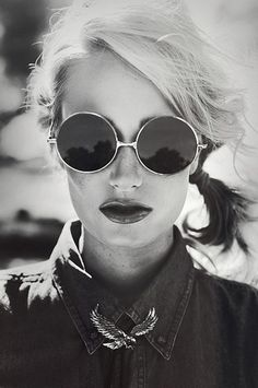 Love. #Sunglasses #Sunnies #Style #Fashion | Visit WISHCLOUDS.COM for more...