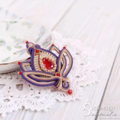 Сутажная брошь-кулон Tulip, брошь-цветок красный фиолетовый – купить в интернет-магазине на Ярмарке Мастеров с доставкой