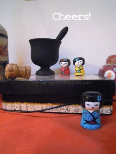 Vivere a piedi nudi living barefooted: My Kokeshi Cheers! - Riciclo, riuso, trasformo