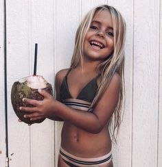 A coconut a day keeps everything A-Okay! 🥥✌🏾 Sharing big smiles from cutie patootie. Future Mom, Future Daughter, Cute Kids, Cute Babies, Baby Kids, Beautiful Children, Beautiful Babies, Foto Baby, Fashion Kids
