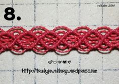 Step 8 macramé bracelet, diagonal DHH mesh... Free tutorial to make this bracelet!