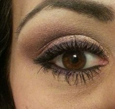 I like this makeup combination, even if its a kinda creepy photo of one eye,
