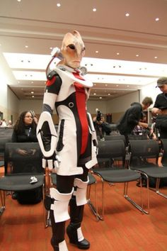 A Magnificent Mordin Solus fromMass Effect 2cosplay.    (via Cheezburger)