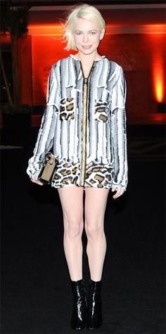 Look of the Day - December 6, 2014 - Michelle Williams in Louis Vuitton from #InStyle