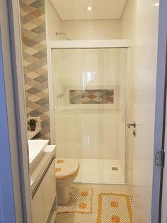 48 ideas bathroom bathtub ideas rustic for 2019 Small Bathroom Colors, Bathroom Interior, Bathroom Decor, Bedroom Closet Design, Bathroom Design Small, Dining Room Small, House Bathroom Designs, Small Remodel, Bathroom