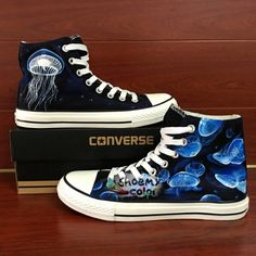 Converse All Star Hand Painted Shoes Jellyfish High Top Canvas Sneaker Painted Converse, Painted Canvas Shoes, Hand Painted Shoes, Everyday Shoes, Only Shoes, Rubber Shoes, Converse All Star, Converse High, Canvas Sneakers