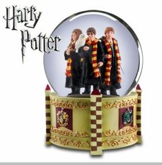 The San Francisco Music Box Company Harry Potter™, Hermione Granger™ and Ron Weasley™ in Gryffindor Robes 120 mm Snow Globe