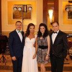 Formatie nunta bucuresti Ana Flavian, este alegerea perfecta pentru a fi pe placul rudelor din mediul rural,   si in acelas timp un veritabil Cover Band Bucuresti  http://www.anaflavianentertainment.ro
