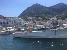 **Capristartour (Capri boat tour) - Anacapri, Italy