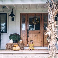 Farmhouse fall front door via Simpson Door Company, Wood Front Doors, Front Door Entrance, Front Door Decor, Entry Doors, Farmhouse Front Doors, Country Front Door, Front Porch, Front Entry, Sliding Doors