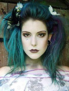Buy Alpine Green Directions Hair Dye - HairCrazy.com