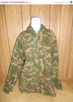 ON SALE Vintage 50s 60s Camoflage  camo zip by ATELIERVINTAGESHOP, $100.00