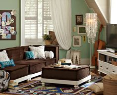 another favourite lounge idea for my daughter...I want the capiz lamp in the corner!