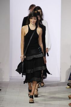 Pin for Later: Michael Kors macht auch im nächsten Jahr wieder alle Frauen glücklich Kendall Jenner führte die Models an