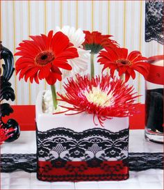 Lace - Red White Black wedding tablescape. Beautiful.