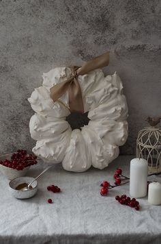 Pavlova Wreath
