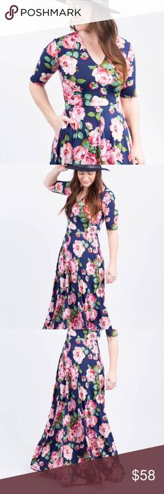 Dress-Maxi Austen-Romeo & Juliet Dress-Navy Floral  PRODUCT DETAILS -  The dress that feels good and makes you look even better.  54% Rayon 42% Polyester 4% Spandex Knit Denim Shallow V neckline Half sleeve Fitted bodice  Full side pockets Flow throughout the body Agnes & Dora Dresses Maxi
