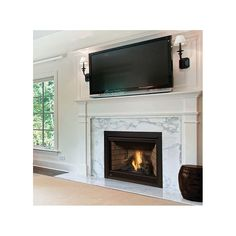 Manteau foyer BTU Built-In Direct Vent Natural Gas Fireplace with Safety Barrier and Electric Ignition from the Ascent Series Direct Vent Gas Fireplace, Vented Gas Fireplace, Natural Gas Fireplace, Home Fireplace, Fireplace Remodel, Living Room With Fireplace, Fireplace Surrounds, Fireplace Design, My Living Room