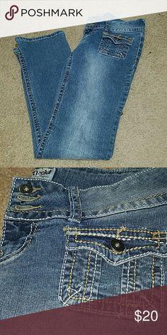 "Mudd juniors flare jeans 29""inseam Mudd juniors flare jeans 29""inseam Mudd Jeans"