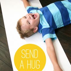 Send a hug! by boredblogallmighty: Trace, roll and mail. A grandparent favorite! #Send_a Hug #boredblogallmighty