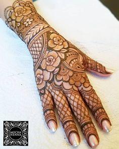 682 Likes, 12 Comments - Atikah Rais Rose Mehndi Designs, Latest Bridal Mehndi Designs, Henna Art Designs, Modern Mehndi Designs, Mehndi Designs For Beginners, Mehndi Design Pictures, Mehndi Designs For Girls, Wedding Mehndi Designs, Mehndi Designs For Fingers