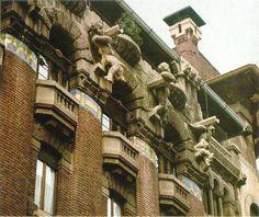 Palazzo Berri-Melegalli, Milano, sculture di Prandoni e Callegari, mosaici di Angiolino d'Andrea