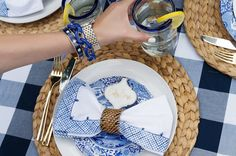 how to: stylish outdoor table set up for brunch << HOUSE of HARPER