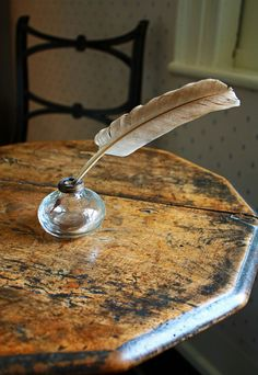"""Jane Austen's writing table, Hampshire, England. Not long before her death, Jane Austen described her writing as being done with a fine brush on a """"little bit (not two inches wide) of ivory"""". Jane Austen, Writing Table, Letter Writing, Hampshire England, England Uk, Pride And Prejudice, Wabi Sabi, Old Things, Random Things"""
