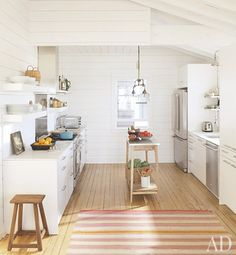 A Beach Bungalow Update : Architectural Digest - decorator's white by Benjamin Moore