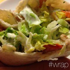 Ein Wrap gefällig? Könnte ich jeden Tag essen. Immer wieder lecker und auch ohne Fleisch schmackhaft. #wrap #veggie #kochen #salat