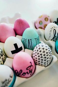 Oooo pick a fix and write on eggs! Great idea :)